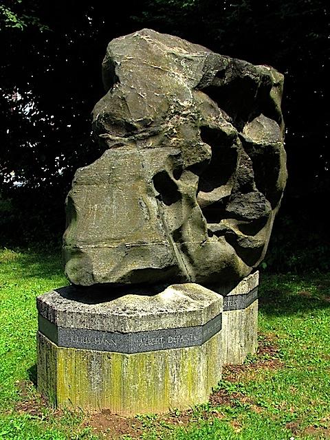 Der Meteorologenstein in Zwettl (48.604329, 15.171266)