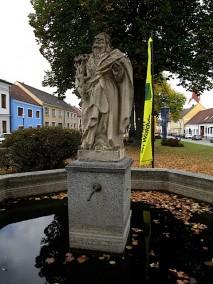 Brunnen mit dem Heiligen Antonius