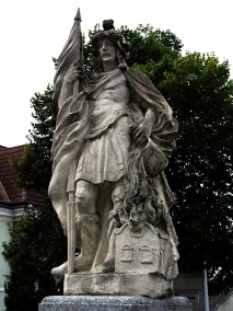 Brunnen mit dem Heiligen Florian