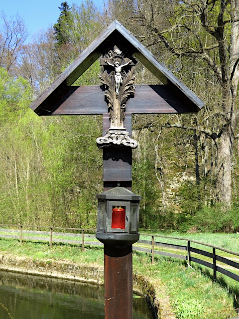Holzkreuz (48.608560, 15.198755)